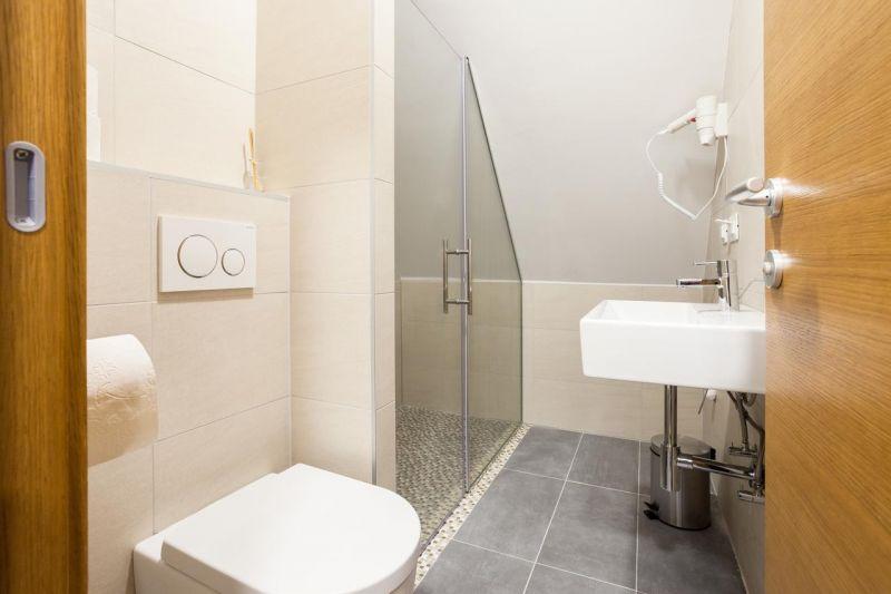 apartmani kopanik konaci kupatilo
